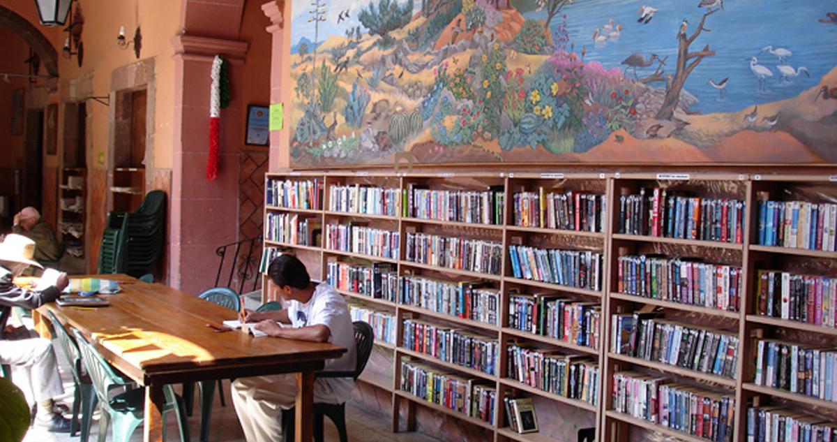 Biblioteca P San Miguel Allende