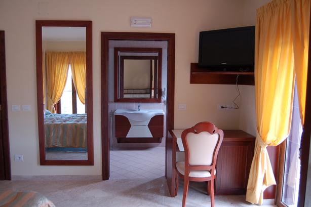 hotel-insonnia-camera-22