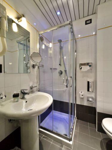 Bagno Camere Lignano Sabbiadoro Hotel 01