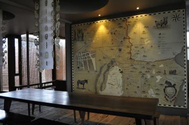 Mapa do deserto na parede