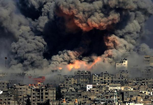 Ataque aéreo en Gaza.