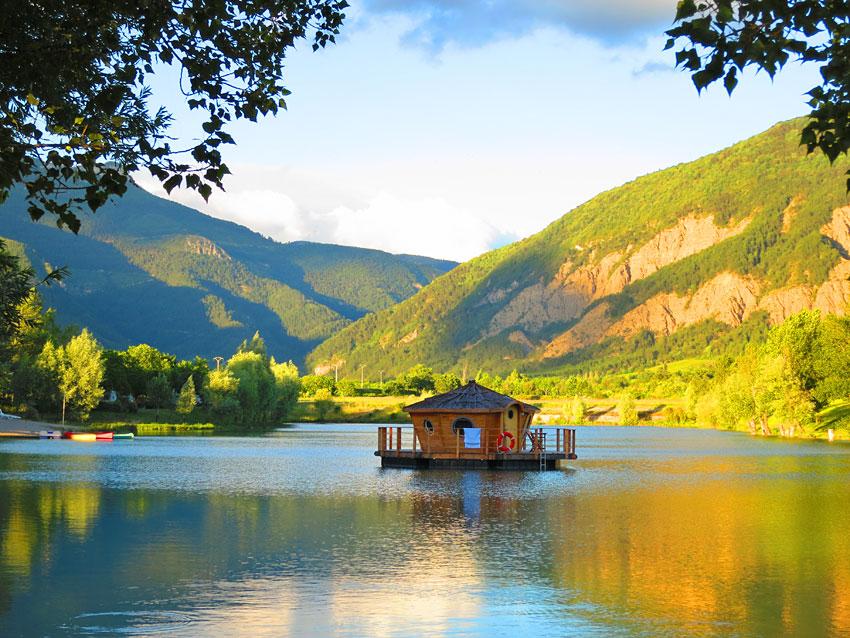 Vivacamp Le Lac Bleu Hbergements Insolites En Pays