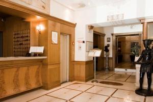 Grand Hotel Europa, Napoli