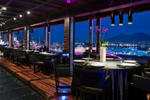 Romeo Hotel design a Napoli con vista mare