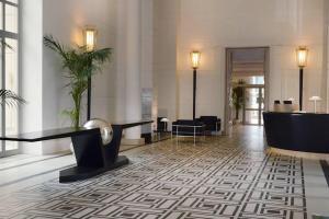 Hotel Palazzo Esedra, Piazzale Tecchio (Fuorigrotta)