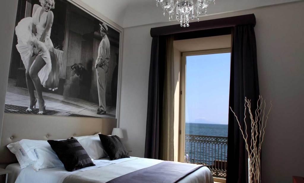 Partenope Relais, boutique hotel a Napoli (lungomare) - camera Marylin Monroe