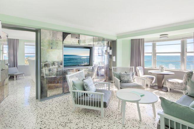 Book a Metropolitan room in Miami Beach