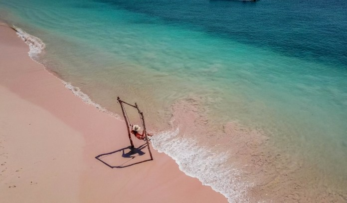 Best Indonesia Family Vacation with hotels Seeking Nature ...