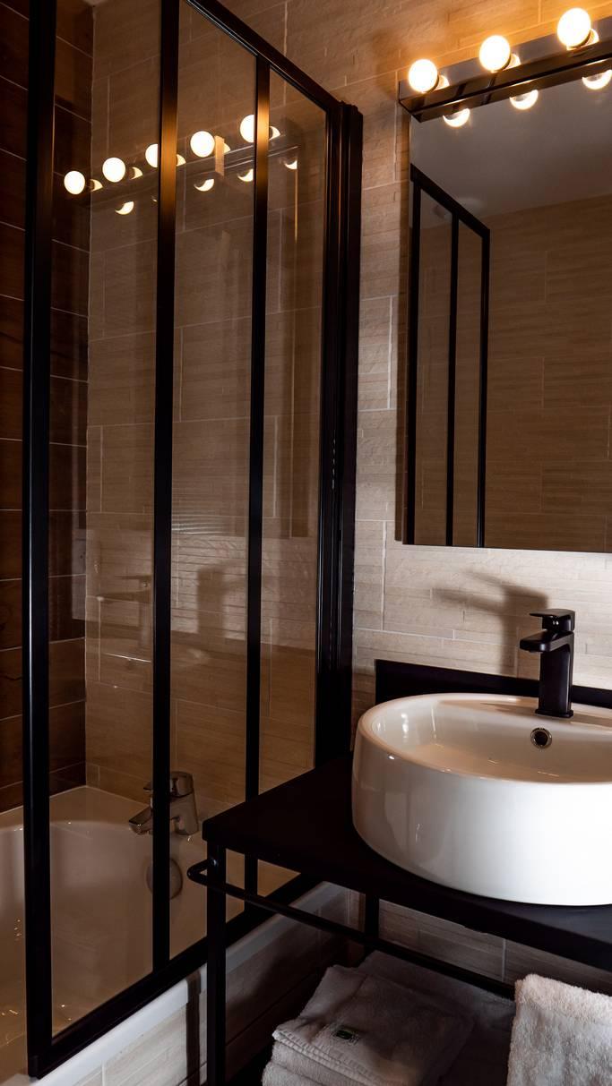 Salle de bain Hôtel Aurillac
