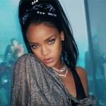 Rihanna showt tepelpiercing in nieuwe clip DJ Khaled