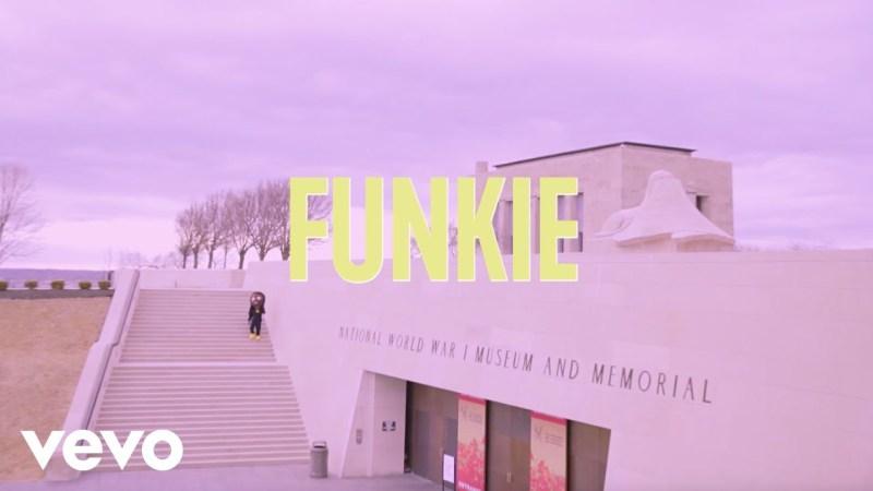 VIDEO Masterkraft ft Tamba Hali - Funkie