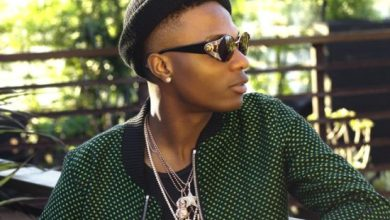 "Photo of ""God wan punish una"" – Wizkid angrily calls out Soundcity on twitter"