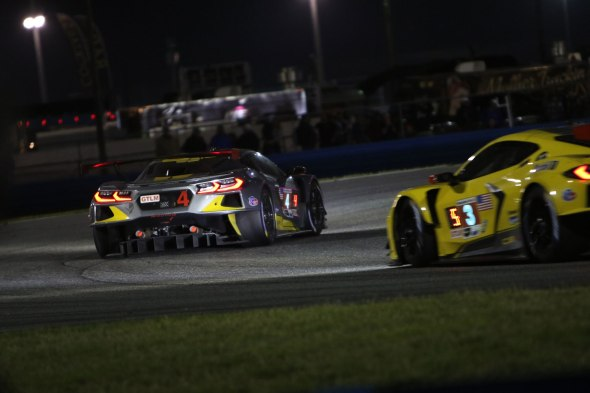 011-2020-Rolex-24-hours-Daytona-C8R-Corvette-Engine-Image-Exhaust-Sound