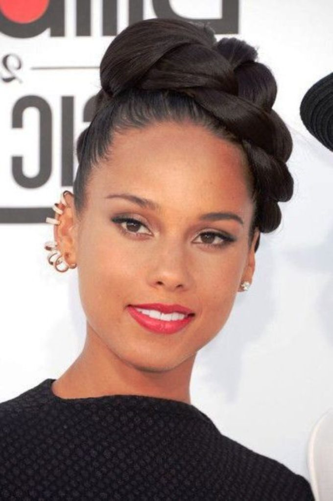 28 black wedding hairstyles for elegant appearance