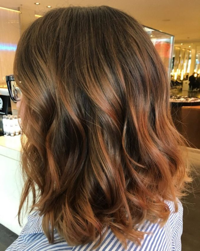 30 medium hairstyles with layers for women - haircuts
