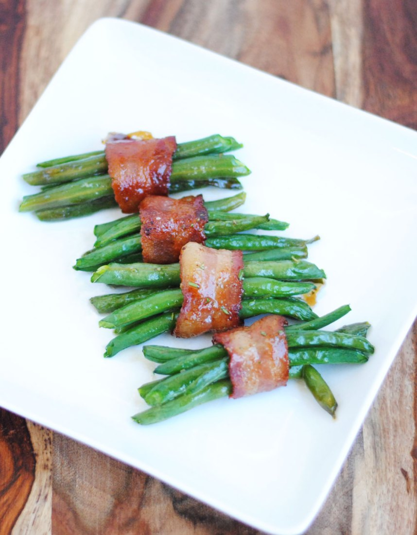 Rosemary and Maple Bacon Green Bean Bundles | Hottie Biscotti