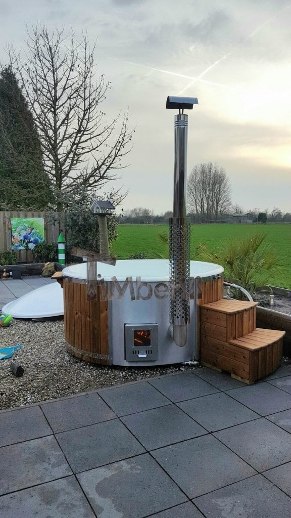Hottub Fiberglas Met Geïntegreerde Kachel Thermohout Wellness Royal, Marcel, Batenburg, Netherland (4)
