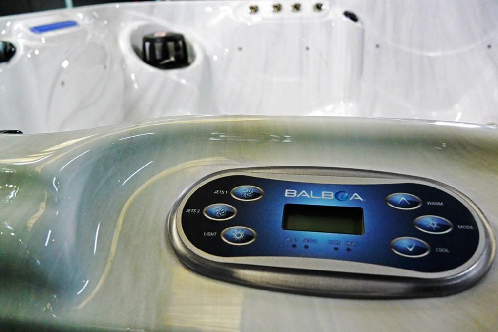 Hunter II Hot Tub Master