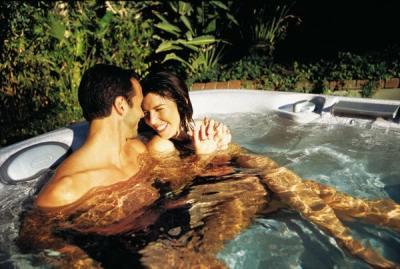 J-470 hot tub