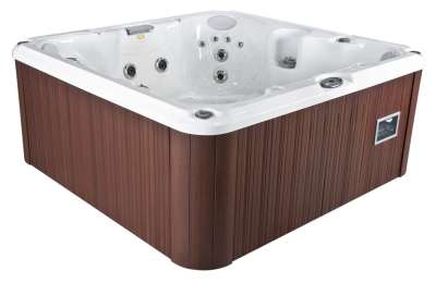 Jacuzzi J-245 hot tub