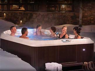 Jacuzzi J-495 hot tub
