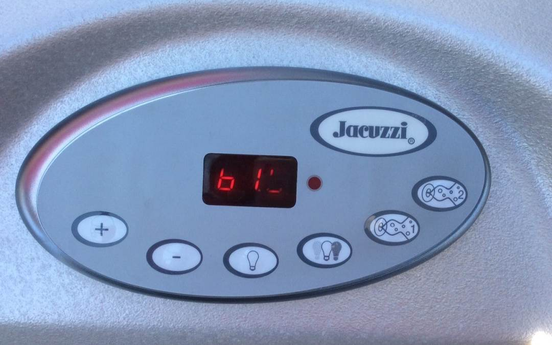 Replacing ClearRay bulb in a Jacuzzi Hot Tub