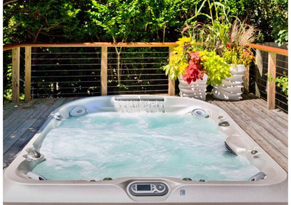 Easter Interest Free Credit Offers on Jacuzzi® Hot Tubs