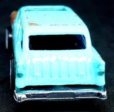 Hot-Wheels-2019-Chevy-Nomad-004