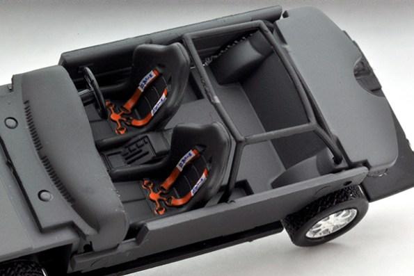 Tomytec-Tomica-Limited-Vintage-LV-N185a-Nissan-Bluebird-SSS-R-007