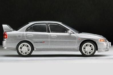Tomytec-Tomica-Limited-Vintage-LV-N186a-Mitsubishi-Lancer-GSR-Evolution-IV-Argent-002