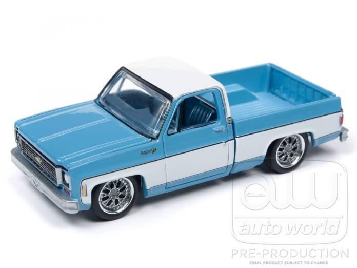 Auto-World-Chevrolet-Cheyenne-1973-Blue