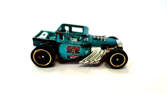 Hot-Wheels-id-Bone-Shaker-004