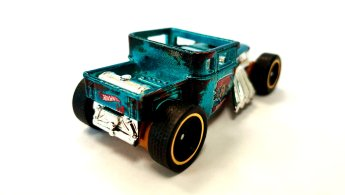 Hot-Wheels-id-Bone-Shaker-005