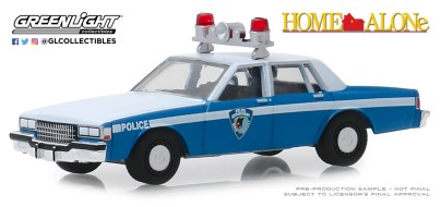 GreenLight-Collectibles-Hollywood-25-1986-Chevrolet-Caprice-Wilmette-Illinois-Police-Home-Alone