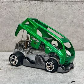 Hot-Wheels-Hyperliner-Rugrat-Custom-Works-005