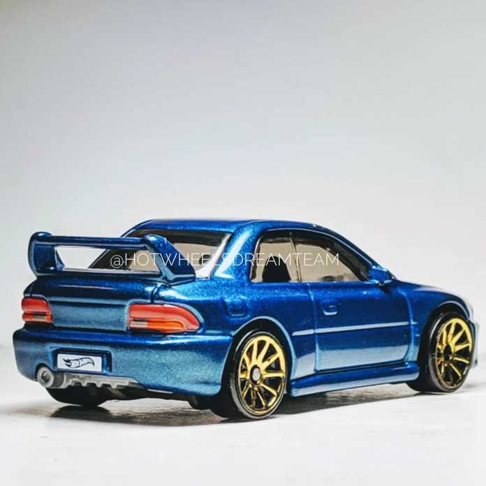 Hot-wheels-Subaru-Impreza-WRX-STi-22B-2