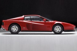 Tomica-Limited-Vintage-Neo-Ferrari-Testarossa-5