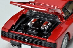 Tomica-Limited-Vintage-Neo-Ferrari-Testarossa-6