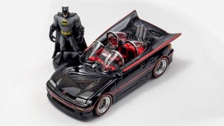 Custom-Hot-Wheels-Batmobile-Honda-CRX-1
