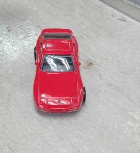 Hot-Wheels-89-Porsche-944-Turbo-003