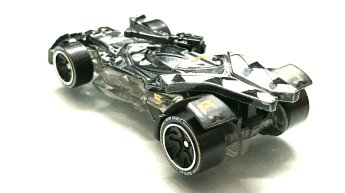 Hot-Wheels-id-Justice-League-Batmobile-3