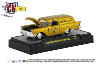 M2-Machines-Mooneyes-Liquid-Gold-Collection-1957-Chevrolet-Sedan-Delivery