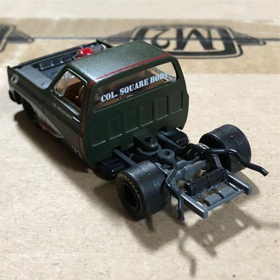 Chevrolet-Truck-73-custom-Col-Square-Body-3