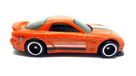 Hot-Wheels-2020-95-Mazda-RX-7-002