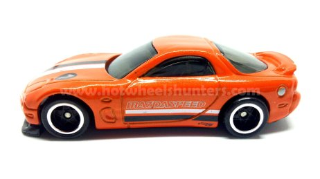 Hot-Wheels-2020-95-Mazda-RX-7-006