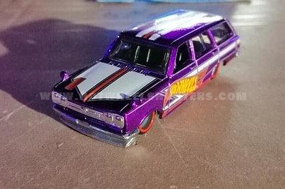Hot-Wheels-Nissan-C10-Skyline-Wagon-002