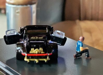 Hot-Wheels-Red-Line-Club-Porsche-RWB-004