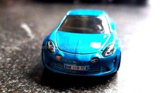 Hot-Wheels-Renault-Alpine-A110-003