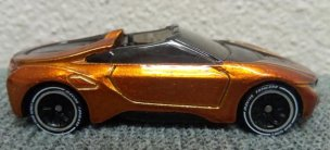 Hot-Wheels-id-BMW-i8-Roadster-002