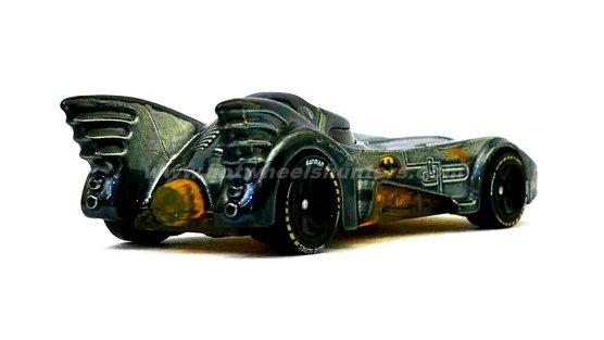 Hot-Wheels-id-Batmobile-Batman-Returns-003
